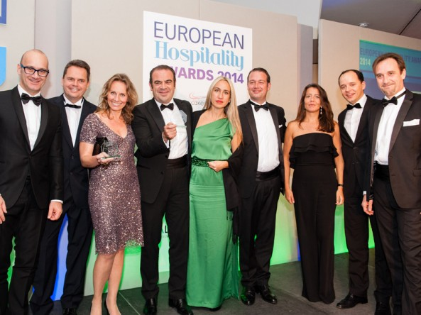 Gabriel Escarrer, da Meli� Hotels International, � reconhecido como CEO do ano no European Hospitality Awards 2014